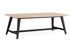 Jatkettava Ruokapöytä koossa 220 - 250 cm